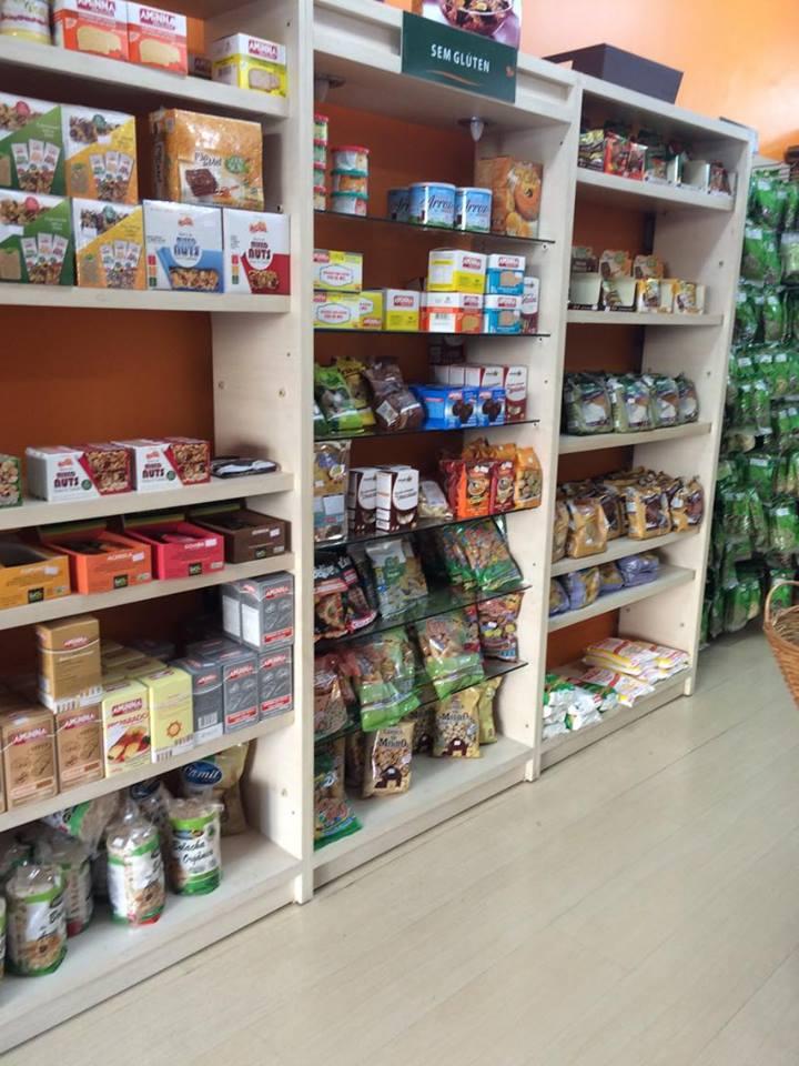Loja de produtos sem glúten - Além do Natural - prateleira