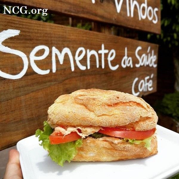 Pão francês natural com frango sem gluten - Cafeteria sem gluten em Porto Alegre (RS) Semente da Saúde - Não Contém Gluten