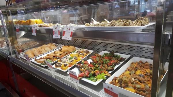 Vitrine restaurante sem glúten Olive & Chili em Ottawa / Canadá