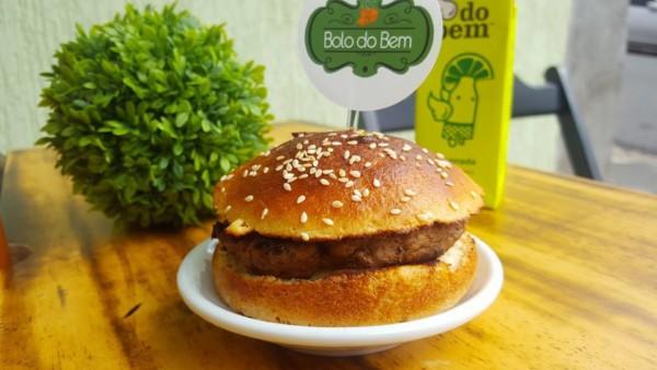 NCG - BOLO Do BEM: Hambúrguer sem glúten / lactose. Não contém glúten