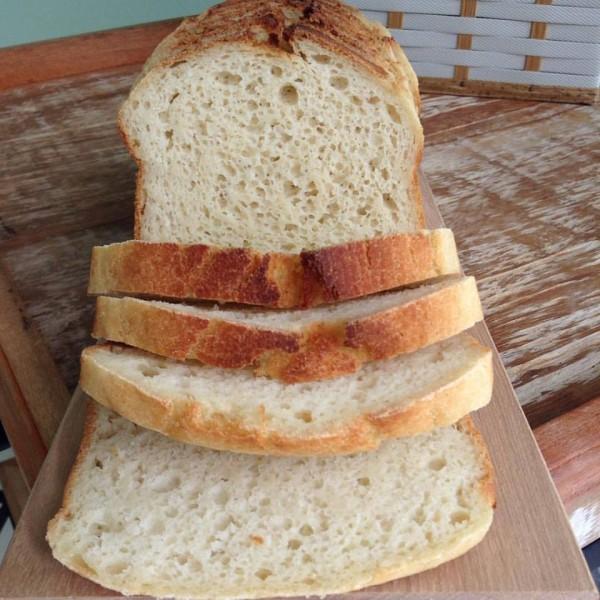NCG.org - PRA LÁ De BOM: Pão de forma sem glúten e lactose. Não contém glúten