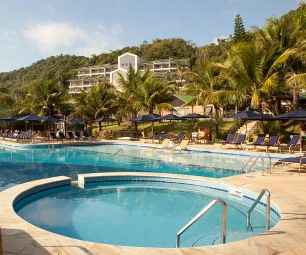 Resort sem glúten em Santa Catarina (SC) - Infinity Blue Resort & Spa - Piscina sem glúten. NCG.org