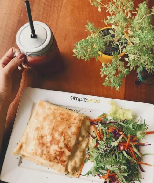Restaurante sem glúten em Santa Catarina (SC) - Simples Salad - Crepe sem glúten. NCG.org