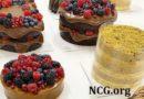 Bolos de frutas vermelhas sem gluten da Isabela Akkaria